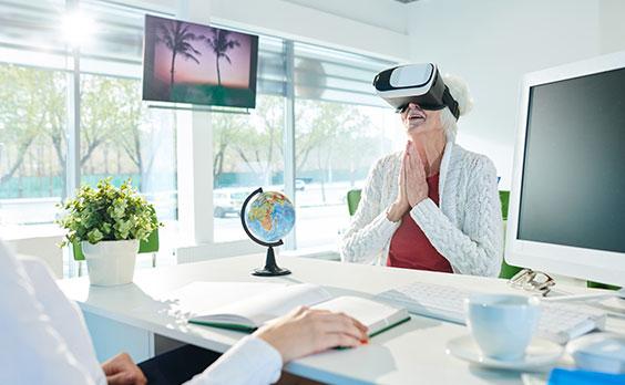 monitory reklamowe w biurze podróży
